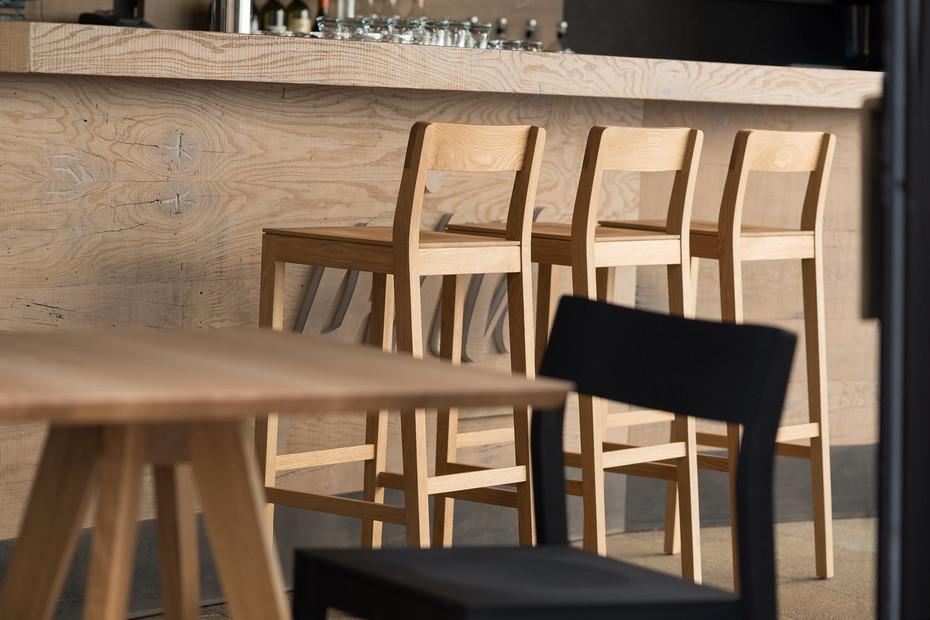Sit Bar – Wooden seat