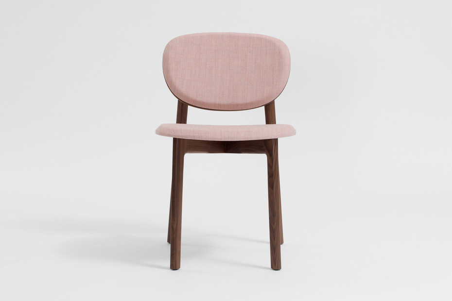 Zenso – Fully upholstered seat and padded back