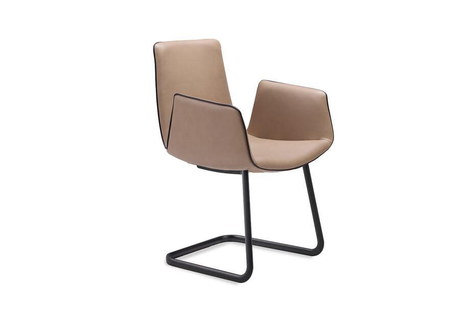 Amelie armchair freischwinger