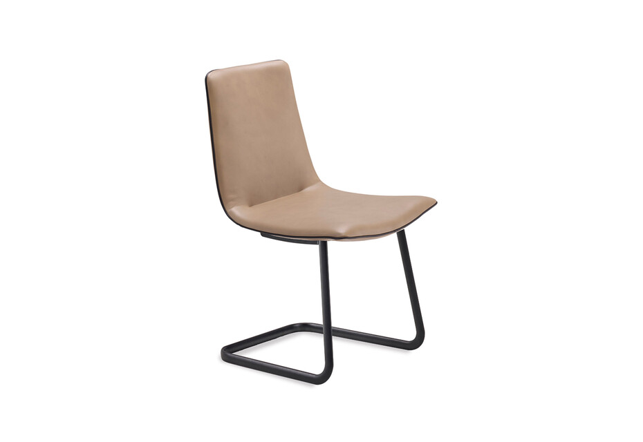 Amelie chair cantilever