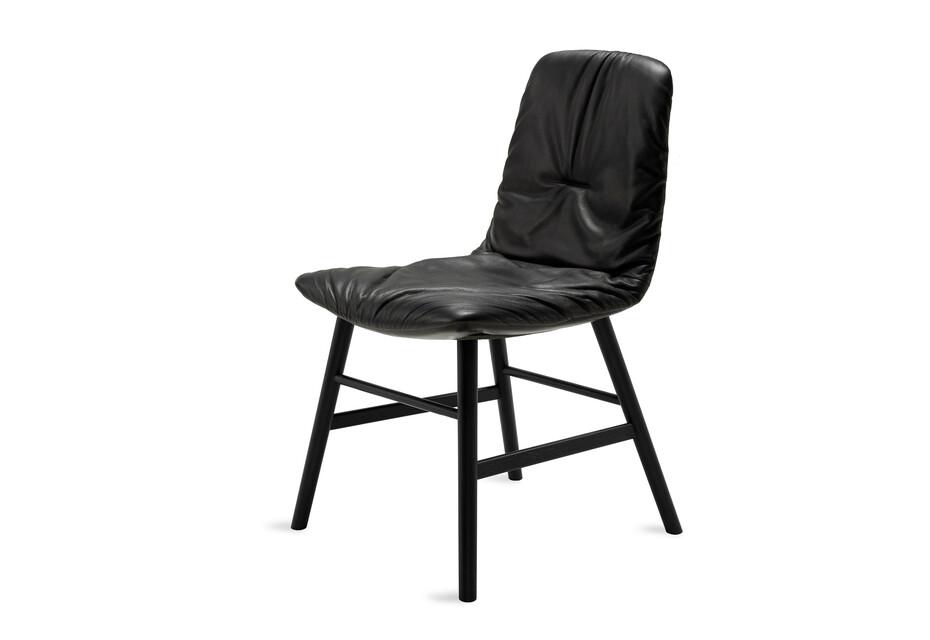 Leya Chair mit Holzzarge umlaufend