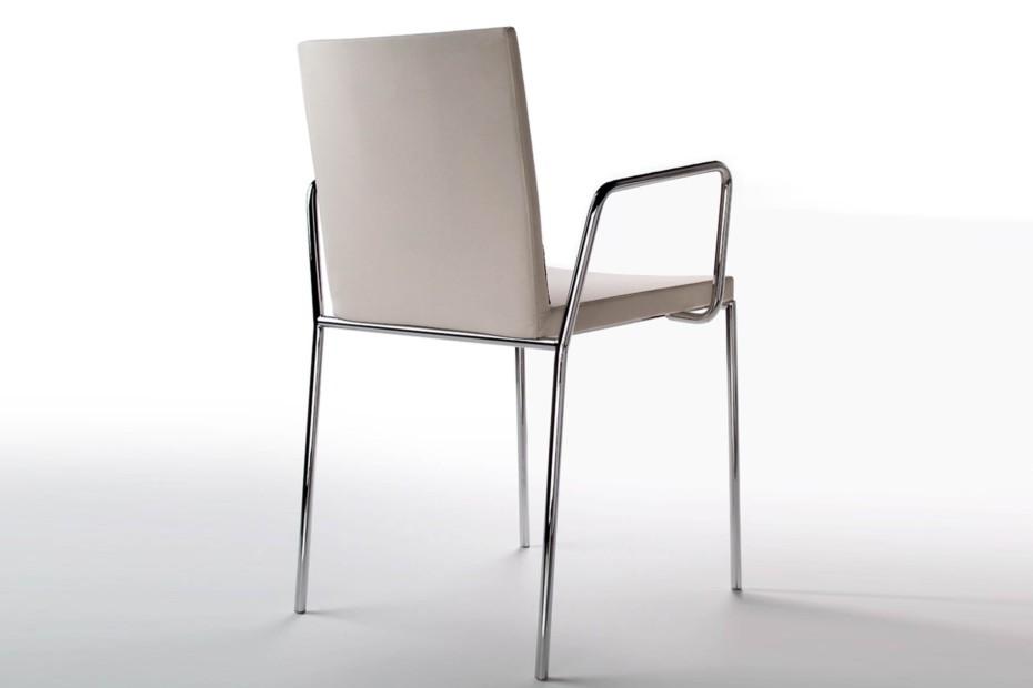 Fina Armchair