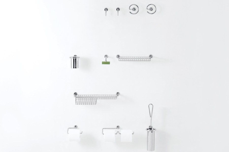 Serie 0 - 02 clothes hanger