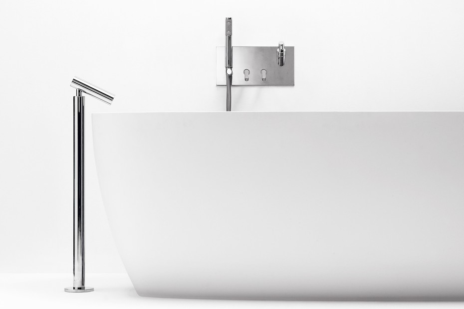 Square bathtubeset with hand-held shower and soap dispenser