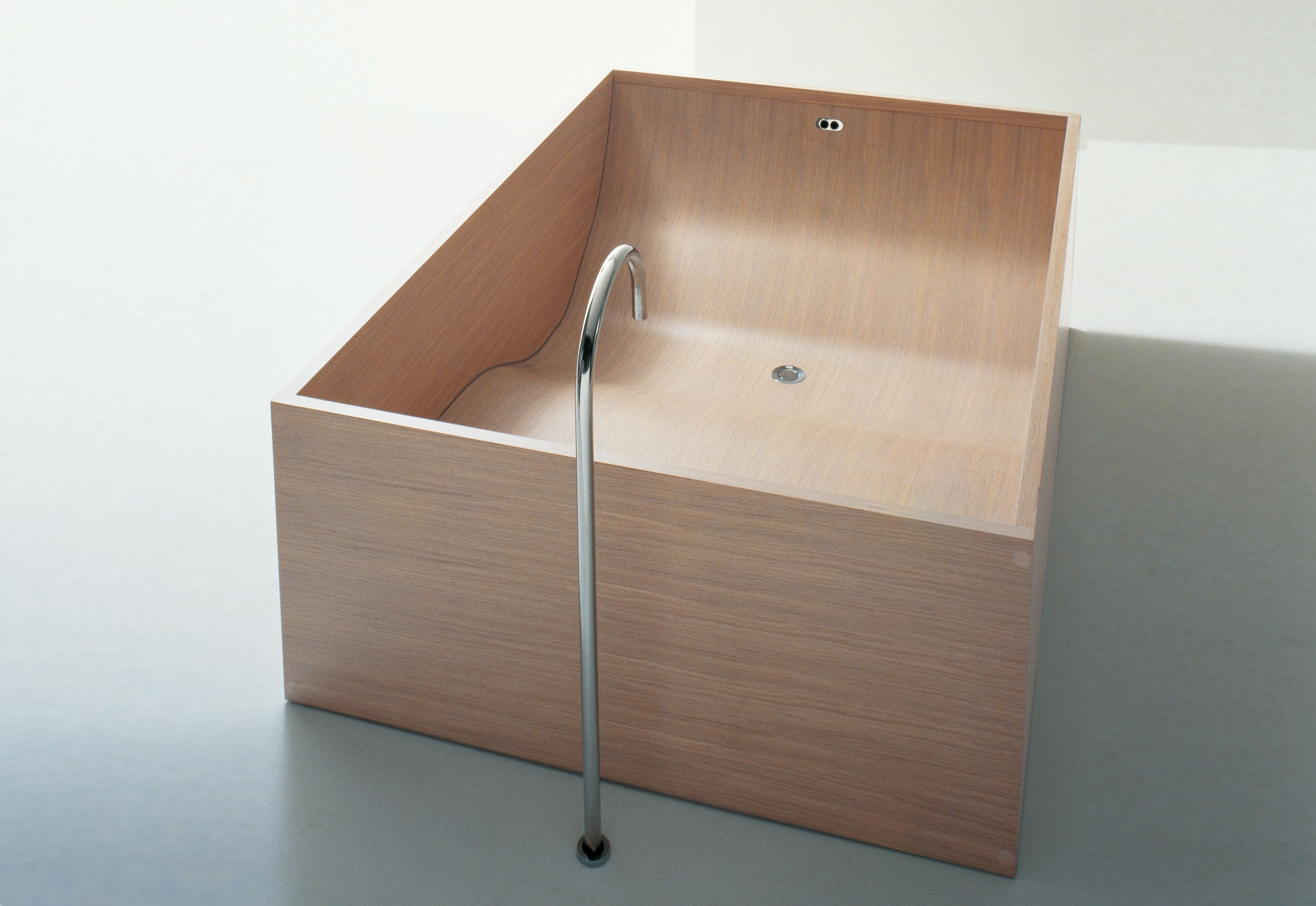 woodline vas902 by agape stylepark. Black Bedroom Furniture Sets. Home Design Ideas
