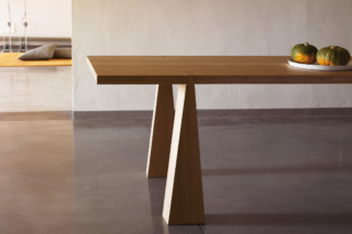 Incas four legged table  by  AGAPECASA