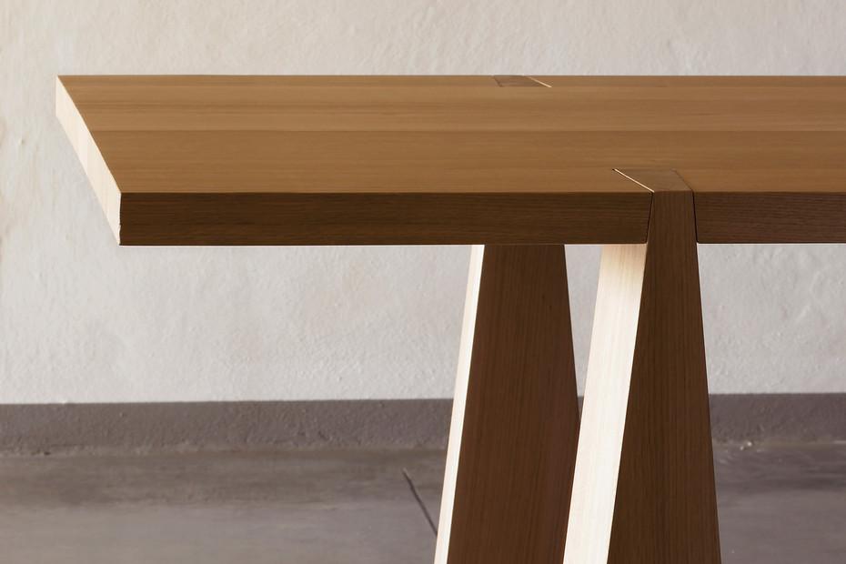 Incas four legged table