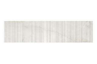Carrara Linee spazzolato  von  Marmo Project