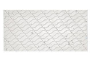 Carrara Wave spazzolato  by  Marmo Project