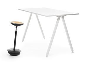 Alku high table  by  Martela