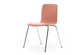 Sola Stuhl mit Beinen  von  Martela