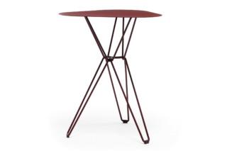 Tio Table high  von  Massproductions