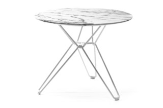 Tio Table round low  von  Massproductions