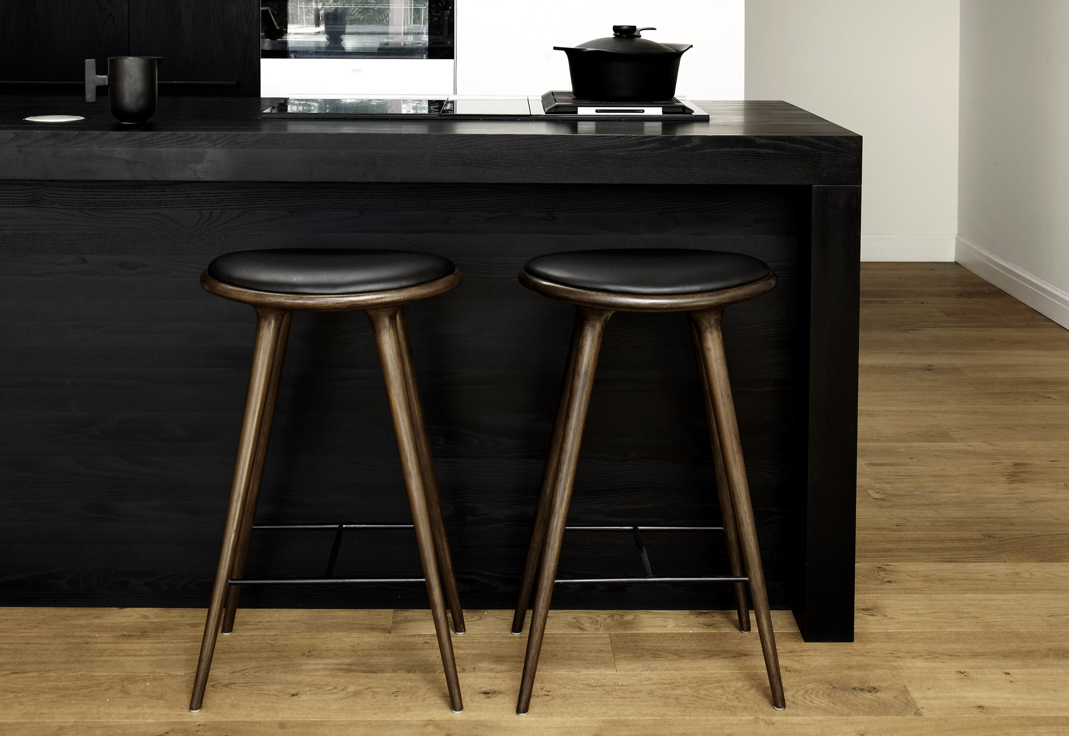 High Stool By Mater Stylepark