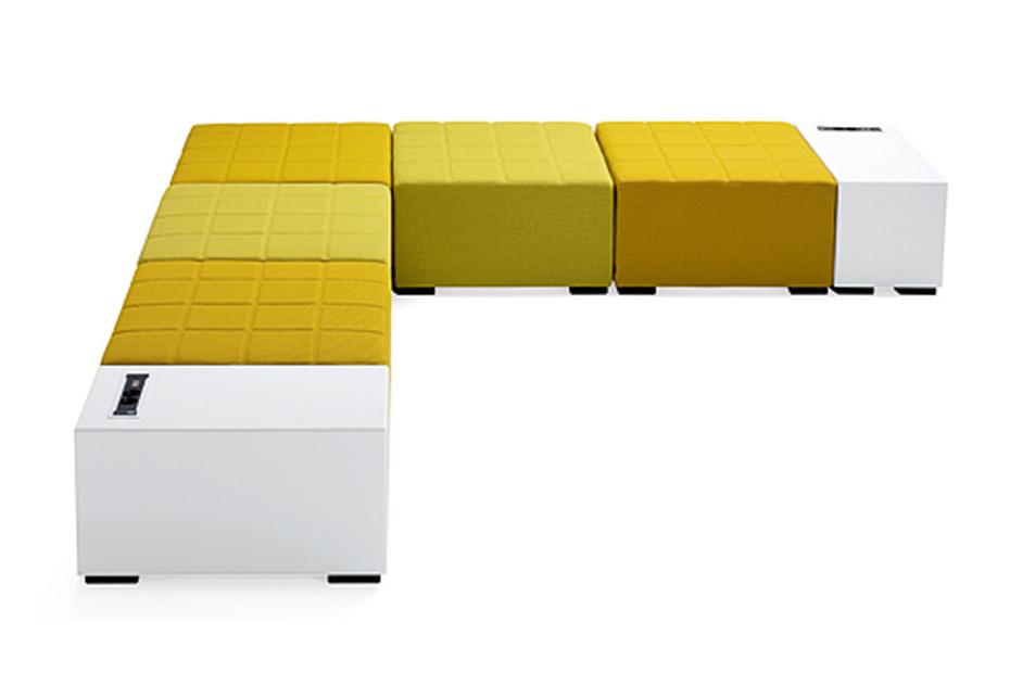 Monolog side table