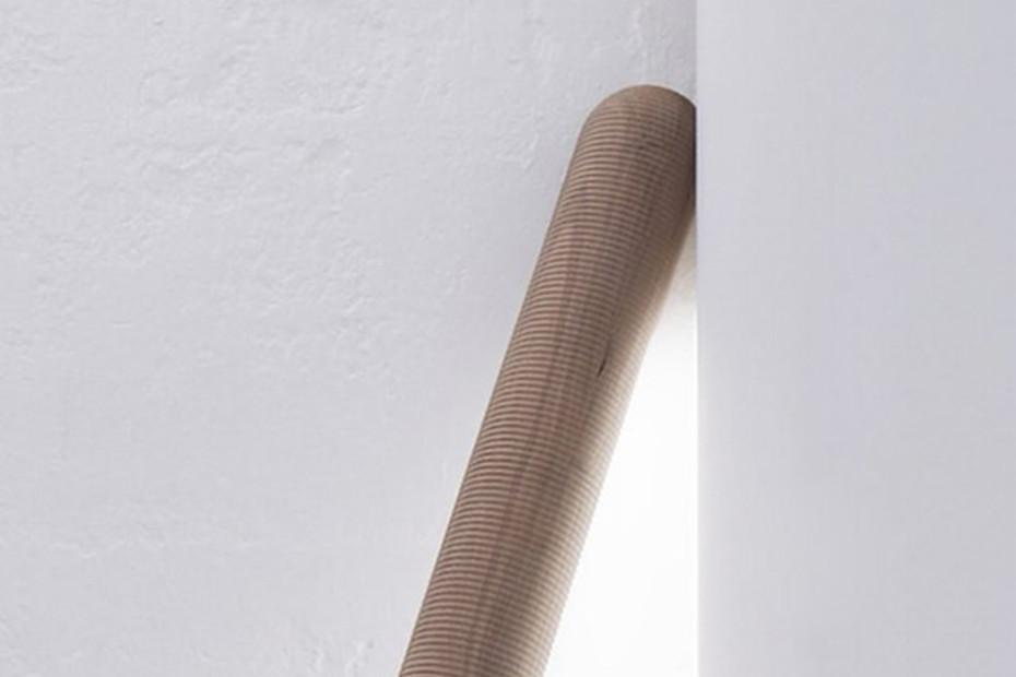 Truncheon floor lamp