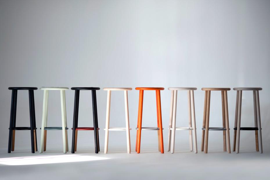 Solo bar stool