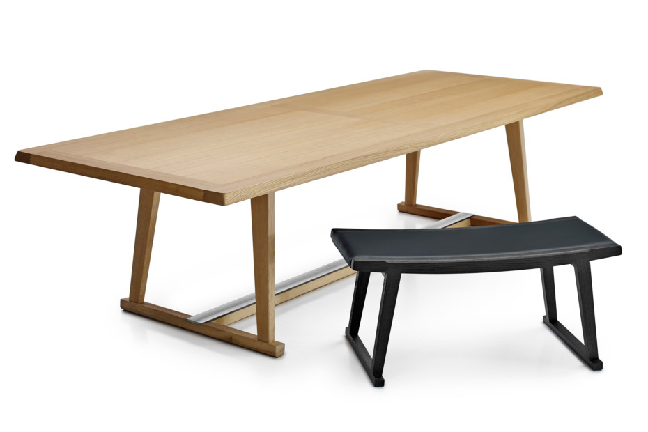 RECIPIO dining table