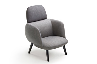 Betty Lounge with headrest  by  Maxdesign