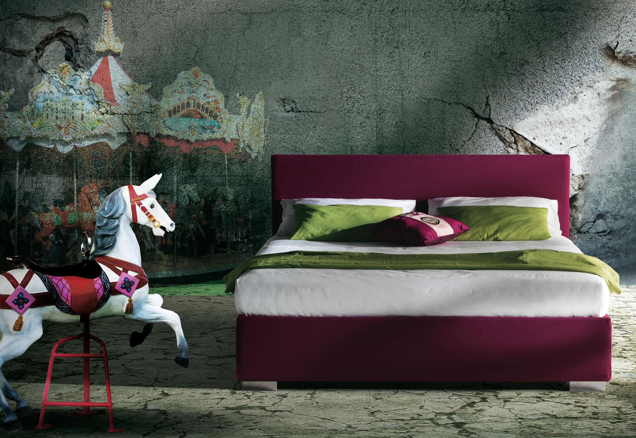 matelas king size 200x200 petit d jeuner picture of. Black Bedroom Furniture Sets. Home Design Ideas