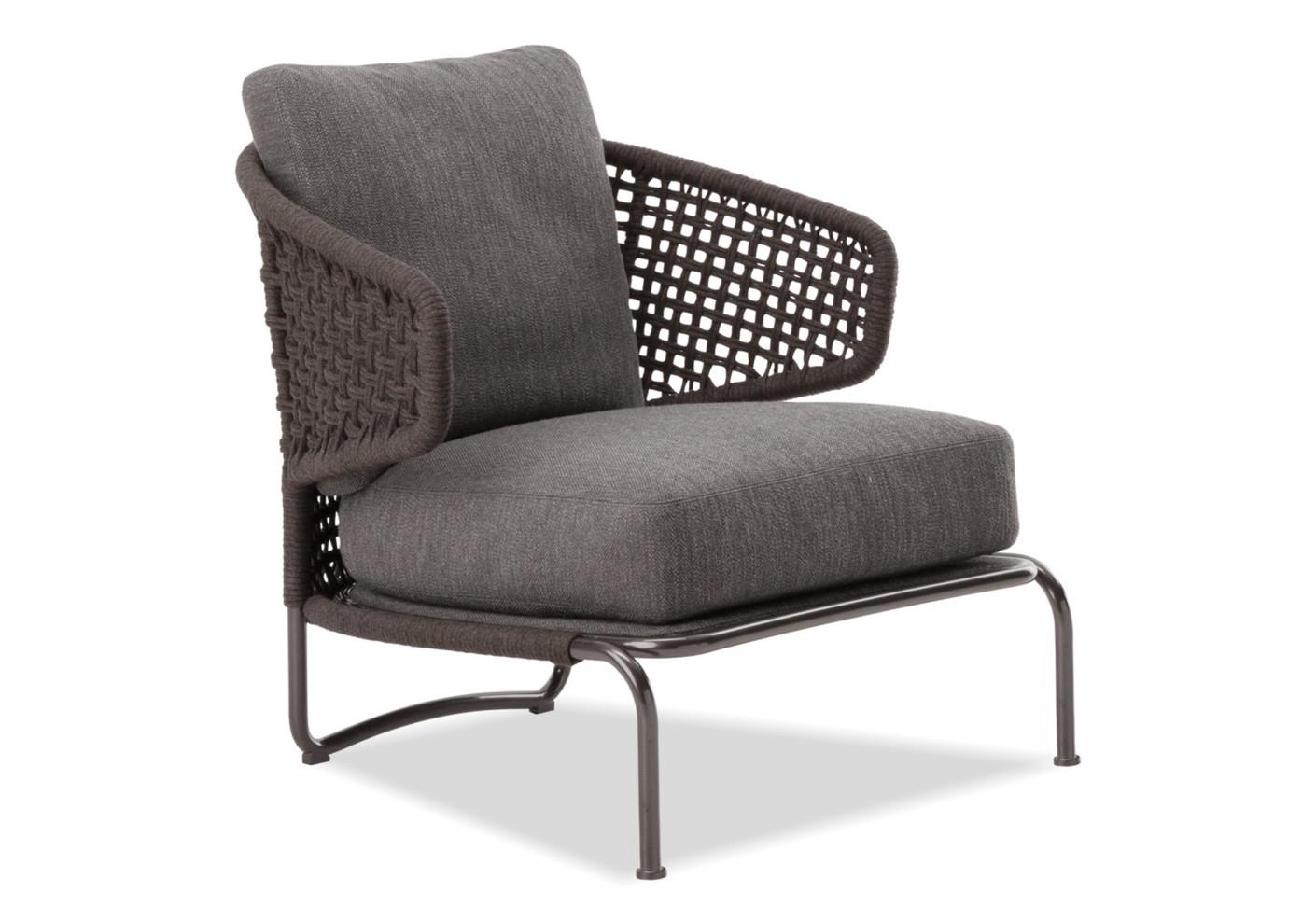 aston cord sessel mit armlehne von minotti stylepark. Black Bedroom Furniture Sets. Home Design Ideas