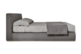 Powell Bed.94  von  Minotti