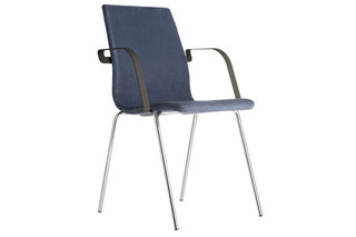 Agenda chair with armrests  by  Mitab
