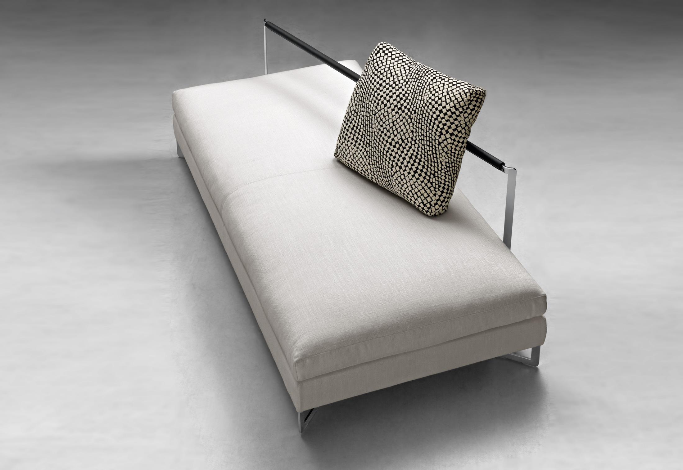 large sofa von molteni c stylepark. Black Bedroom Furniture Sets. Home Design Ideas
