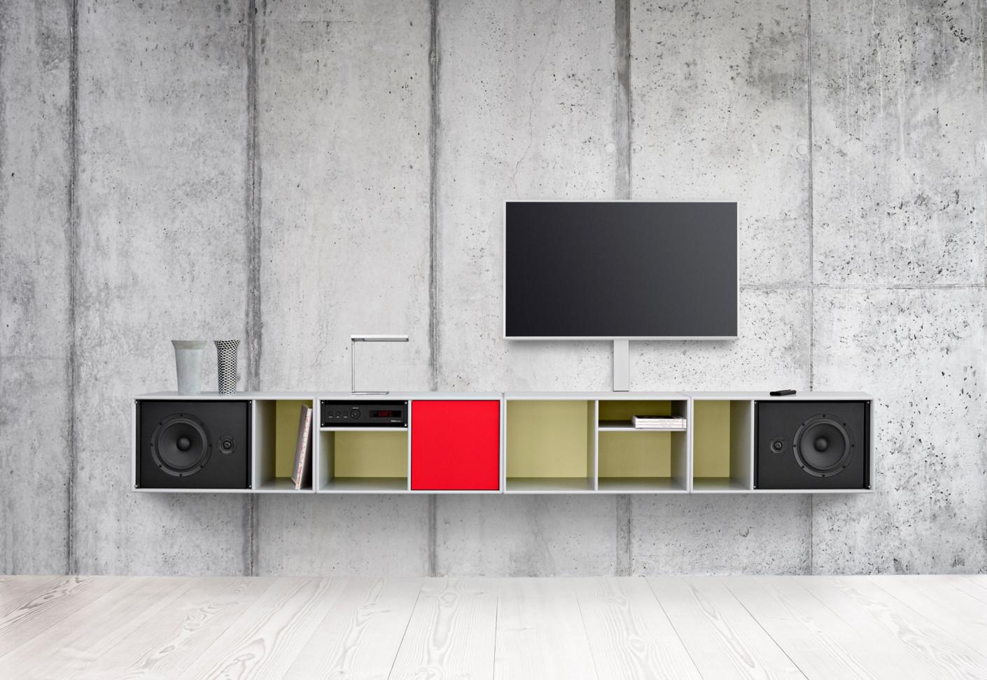 hi fi regalsystem by montana stylepark. Black Bedroom Furniture Sets. Home Design Ideas