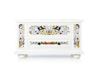 Altdeutsche Blanket Chest  by  Moooi
