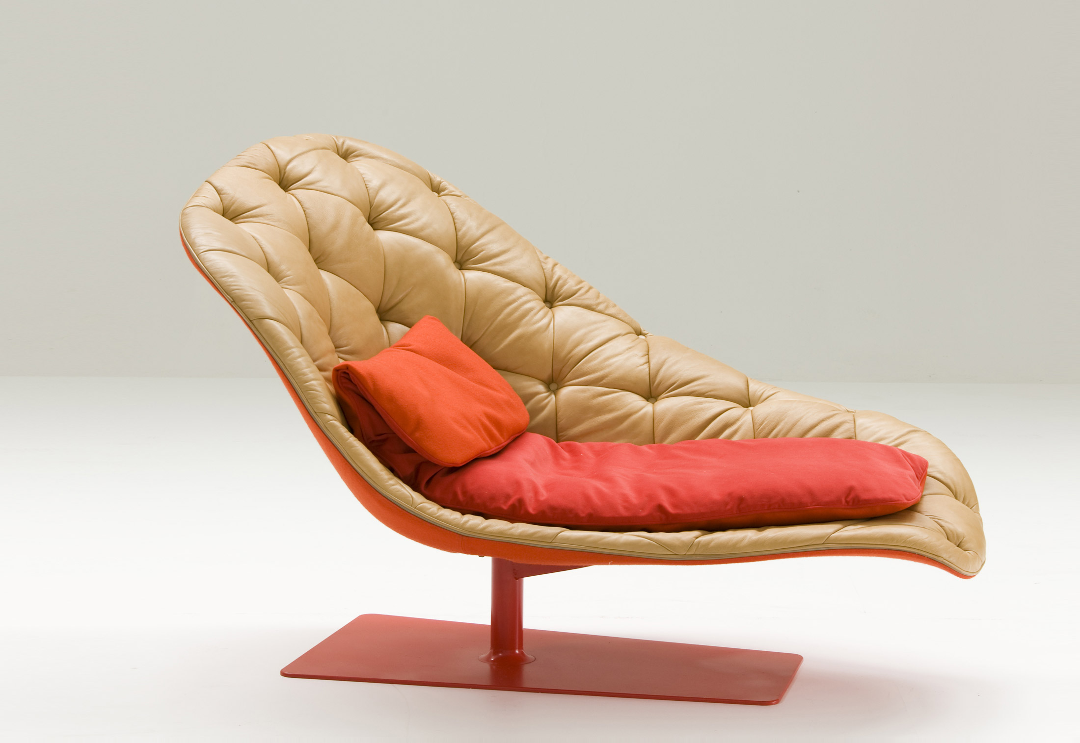 Bohemian chaise longue by moroso stylepark - Chaise longue chilienne ...