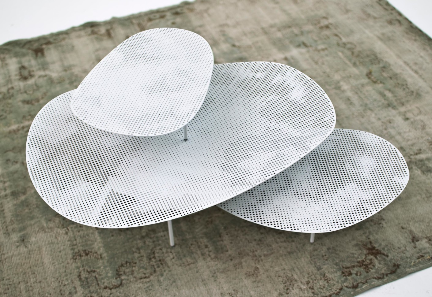 Mobile Home Manufacturer >> Cloud Table by Moroso | STYLEPARK