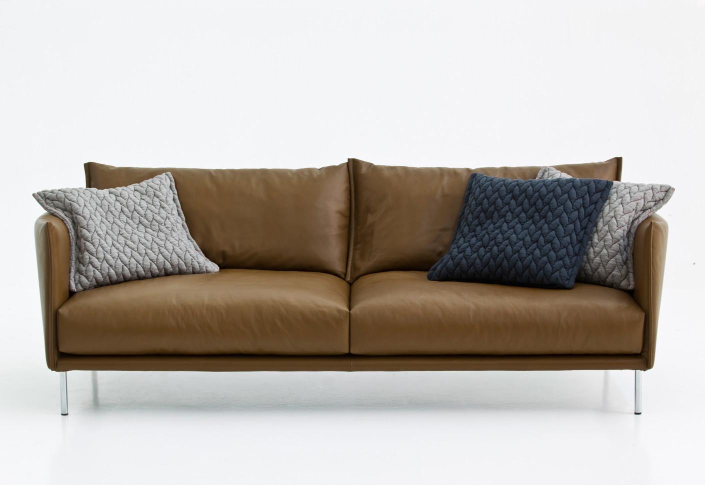 gentry by moroso stylepark. Black Bedroom Furniture Sets. Home Design Ideas