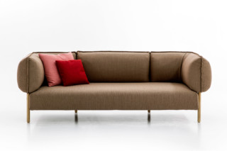 (Love me) Tender  by  Moroso