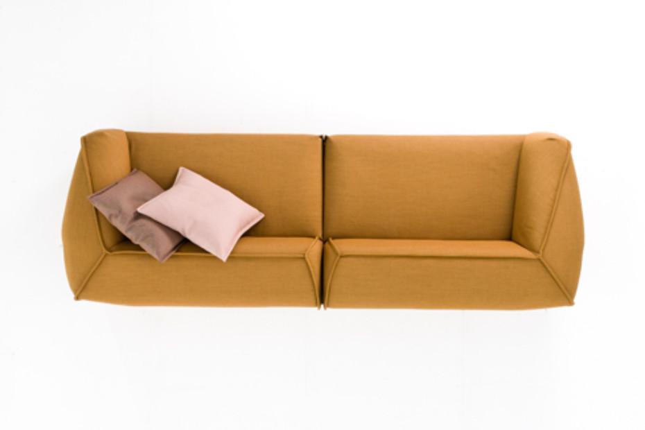 M.a.s.s.a.s. Sofa