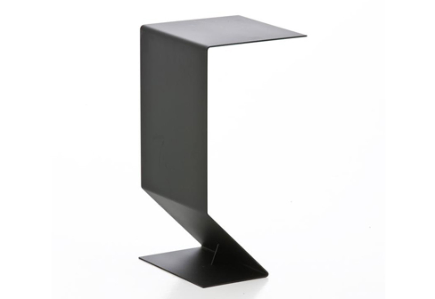 mark table von moroso stylepark. Black Bedroom Furniture Sets. Home Design Ideas