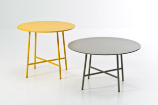 Tia Maria table  by  Moroso