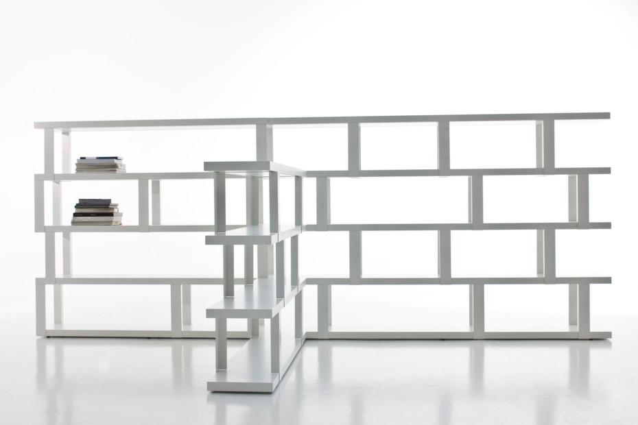 Tred shelf