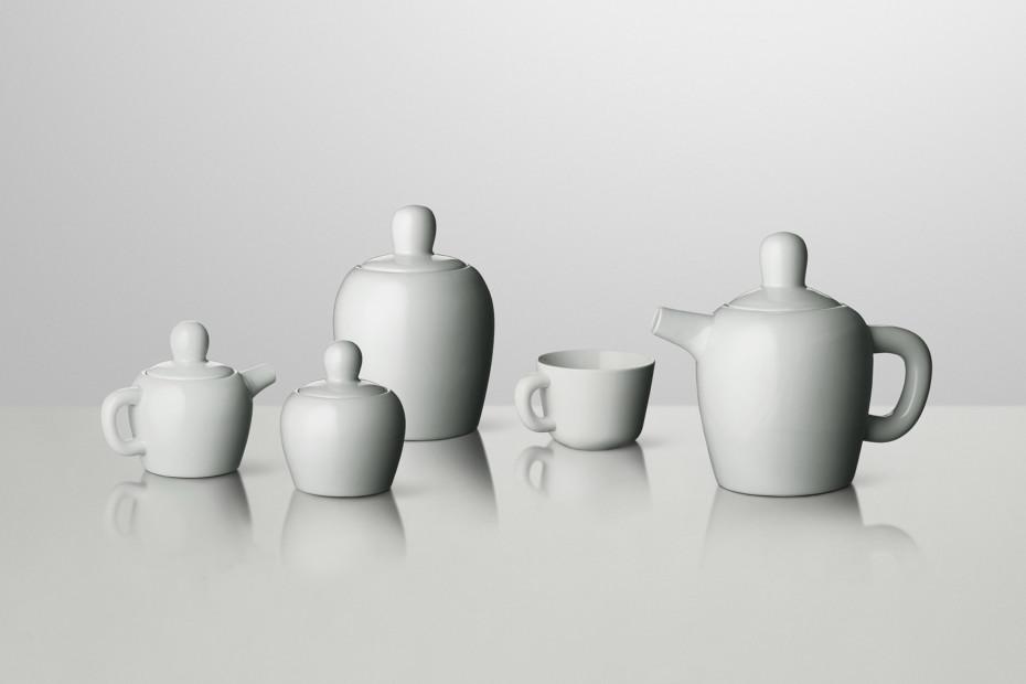 Bulky tea cup