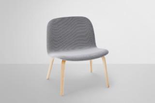 Visu lounge chair upholstered  by  Muuto