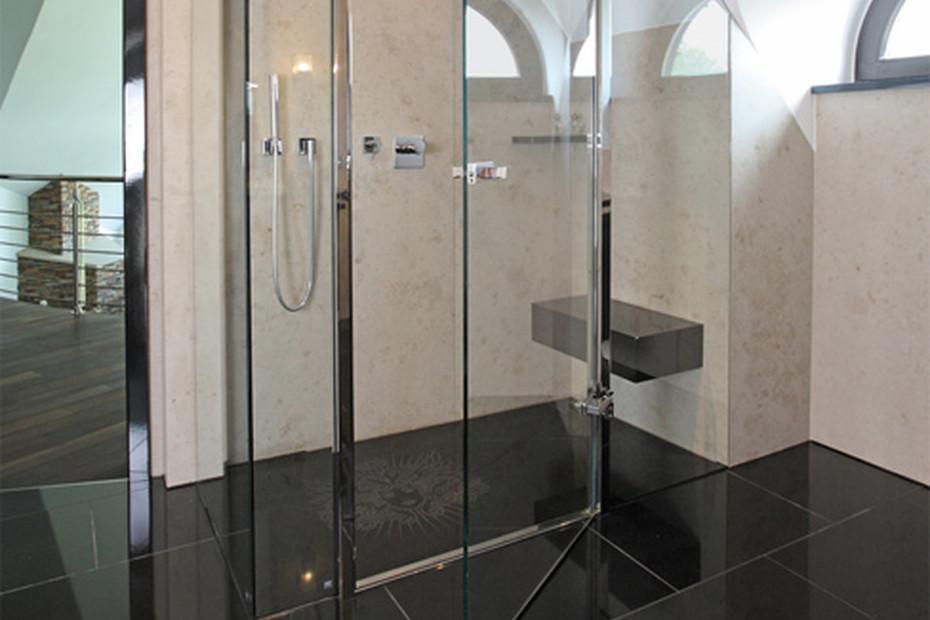Akzent Shower System