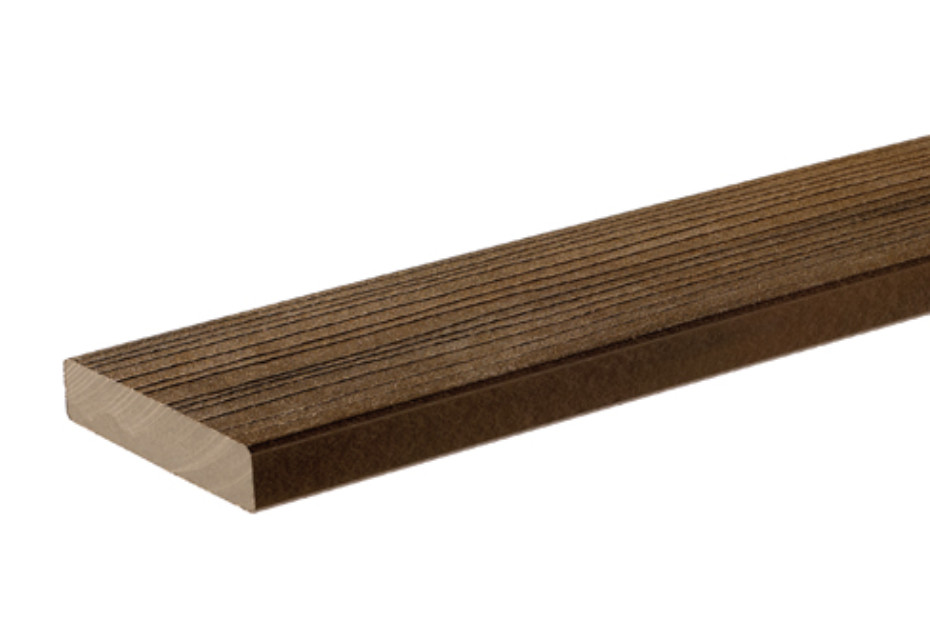 Premium WPC Planks EARTHWOOD walnut, privat residence