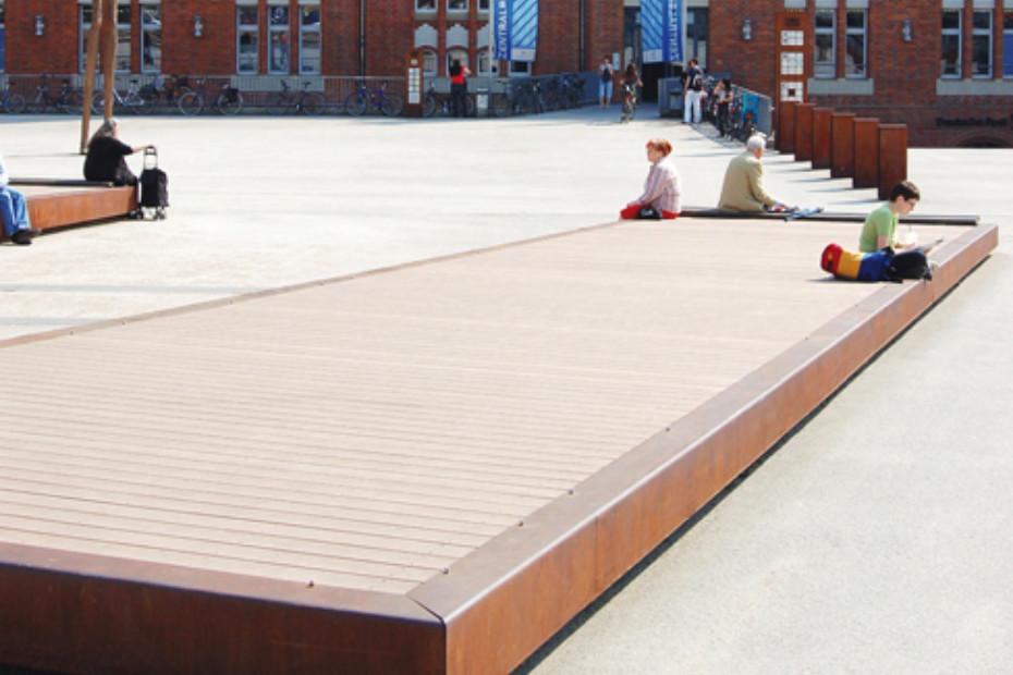 Premium WPC Planks VERTIGRAIN buff, Hamburg