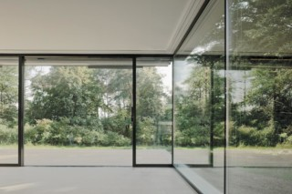 Window and facade system, Villas in a park  by  air-lux