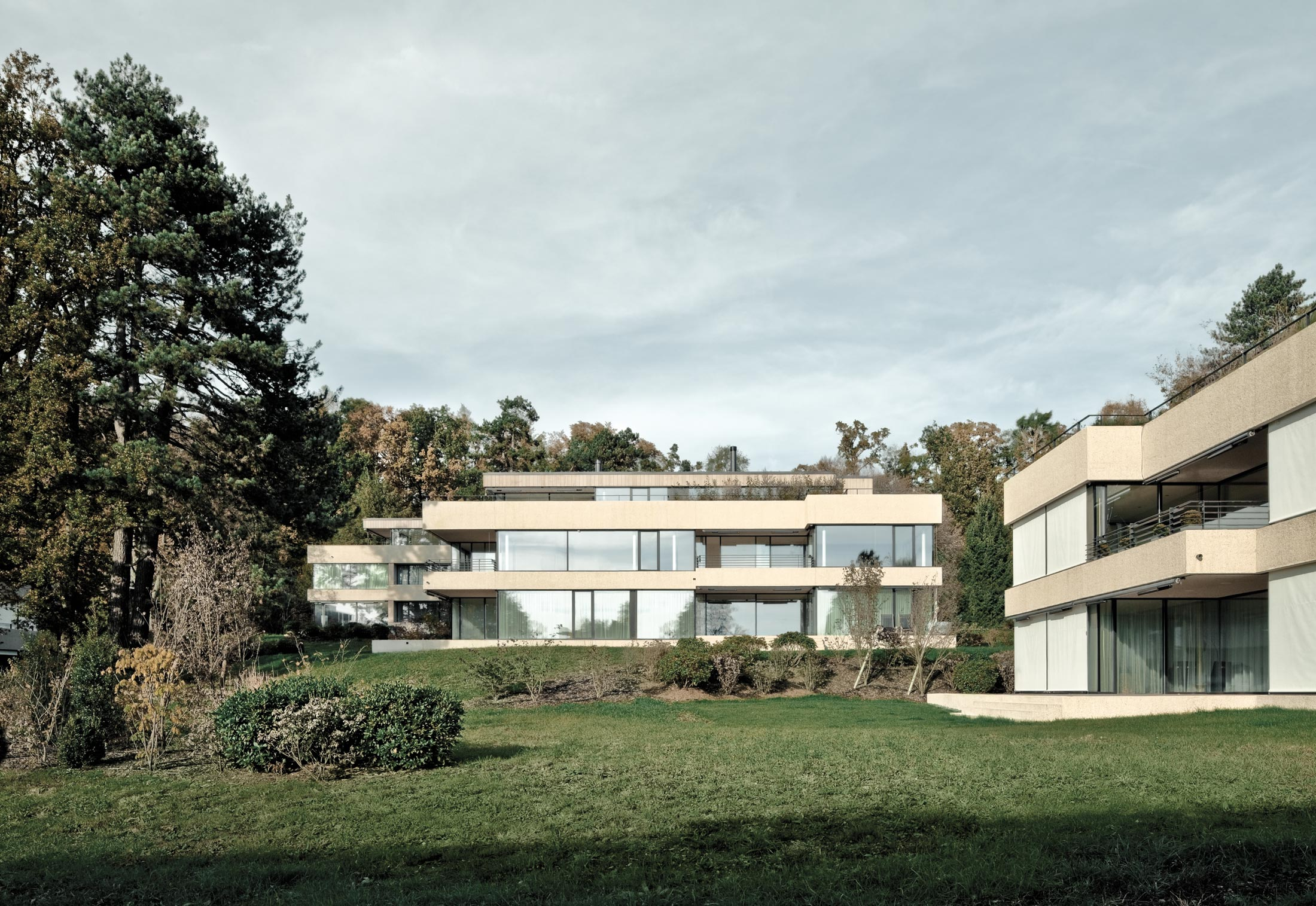Fenster-Fassadensystem, Villen im Park von air-lux | STYLEPARK