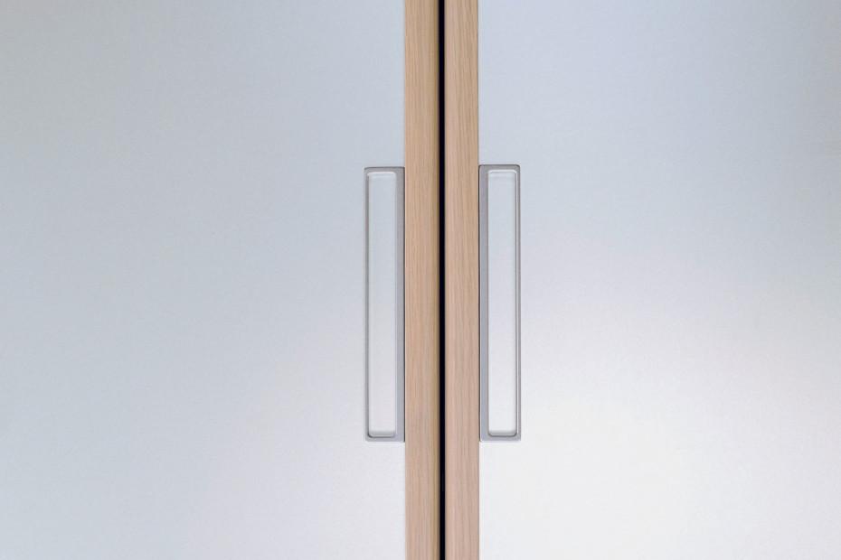 Beat double sliding door