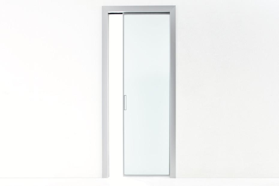 Beat sliding door
