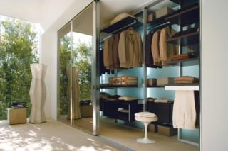 Vista wardrobe  by  Albed