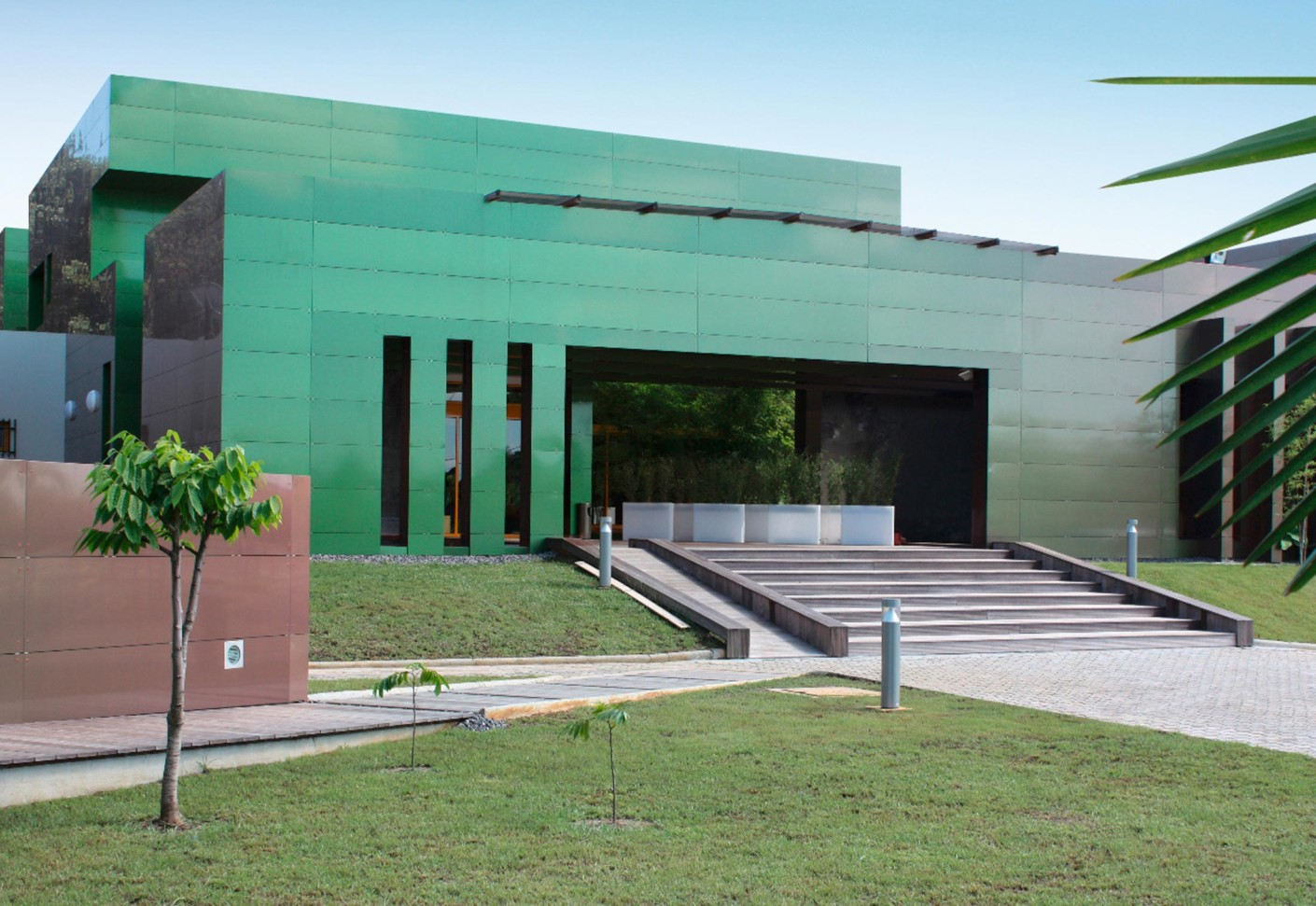Reynobond Aluminum Composite Panels : Reynobond effects by alcoa architectural products stylepark