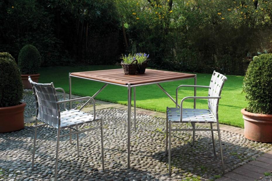 Tagliatelle table